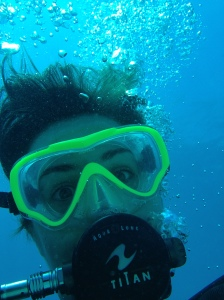 bbs first underwater selfie!